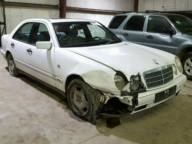 Salvage mercedes benz 300 class cars for sale and auction for Salvage mercedes benz for sale ebay